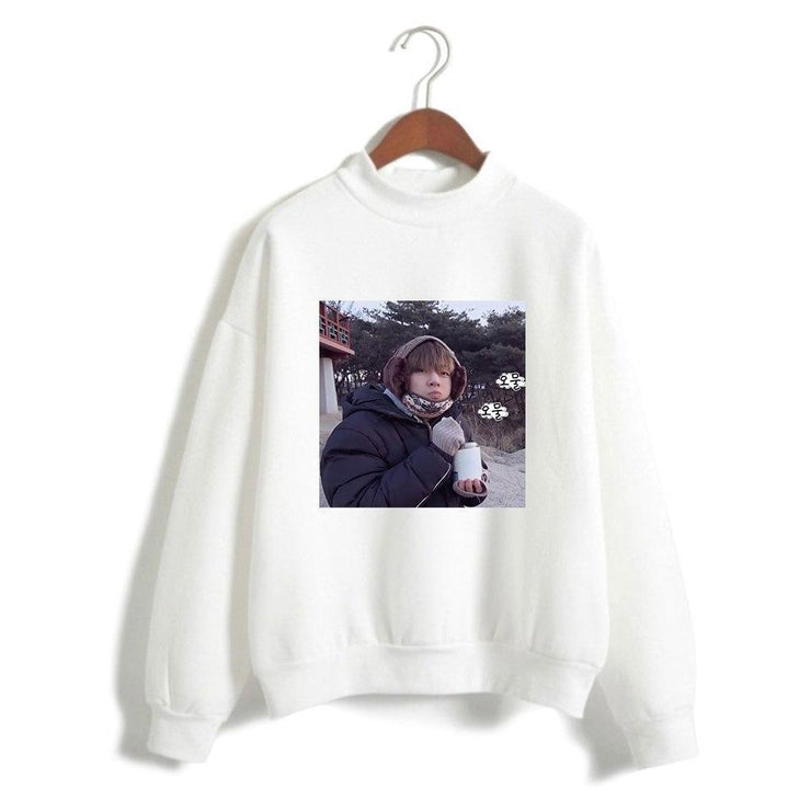 "BTS V Taehyung ""Frozen Tae"" Pullover White / XXS Gotamochi BTS MERCH BT21 MERCH KAWAII STORE"