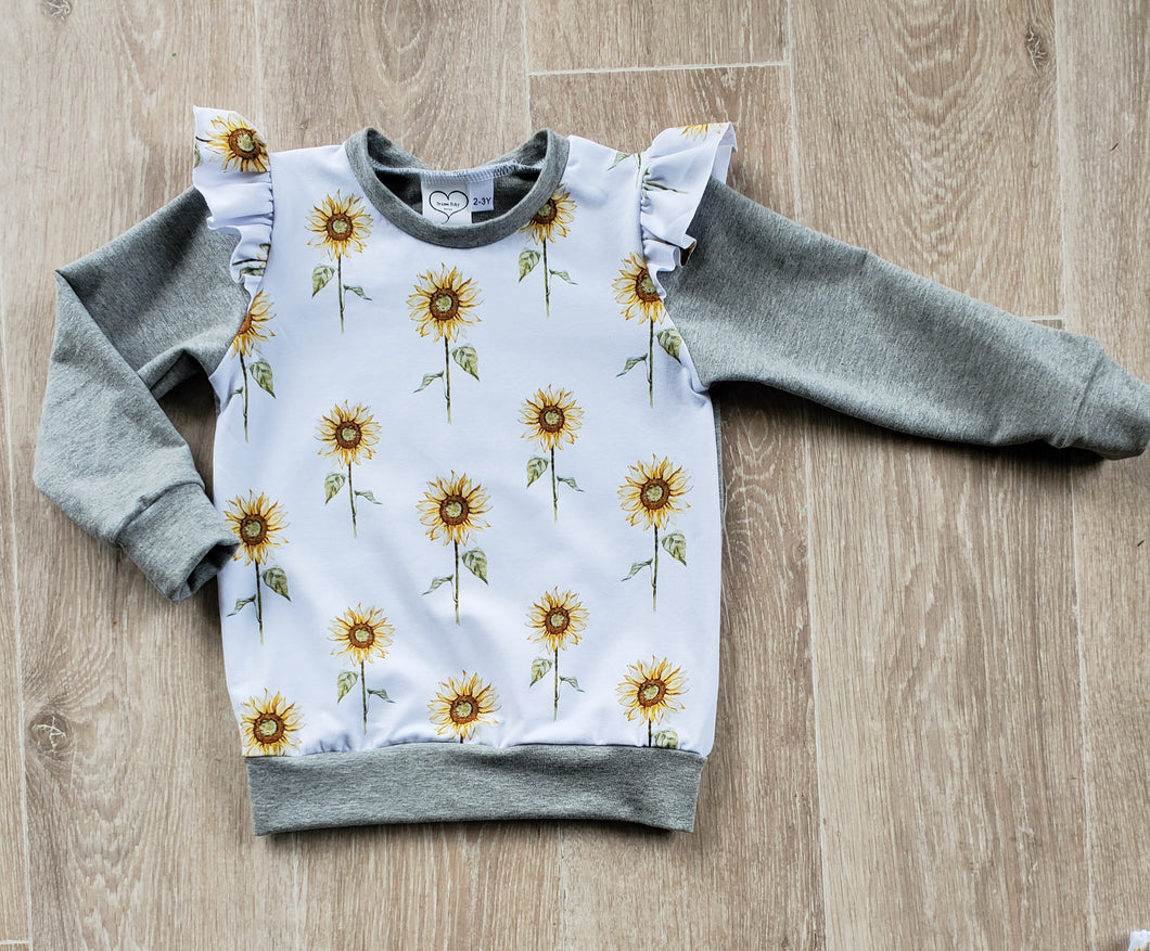 Sunflower flutter sleeve crew