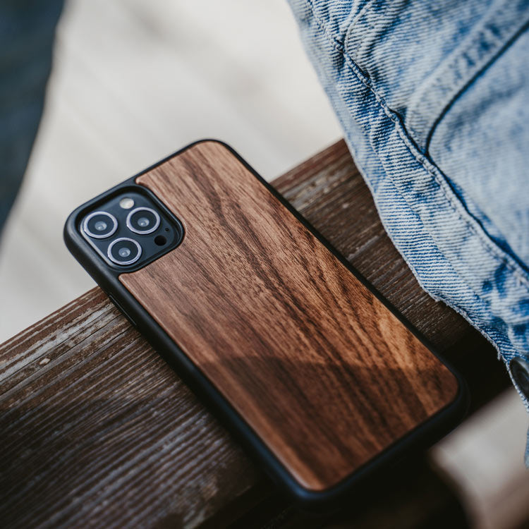 iPhone 12 Series Bumper Case Walnut