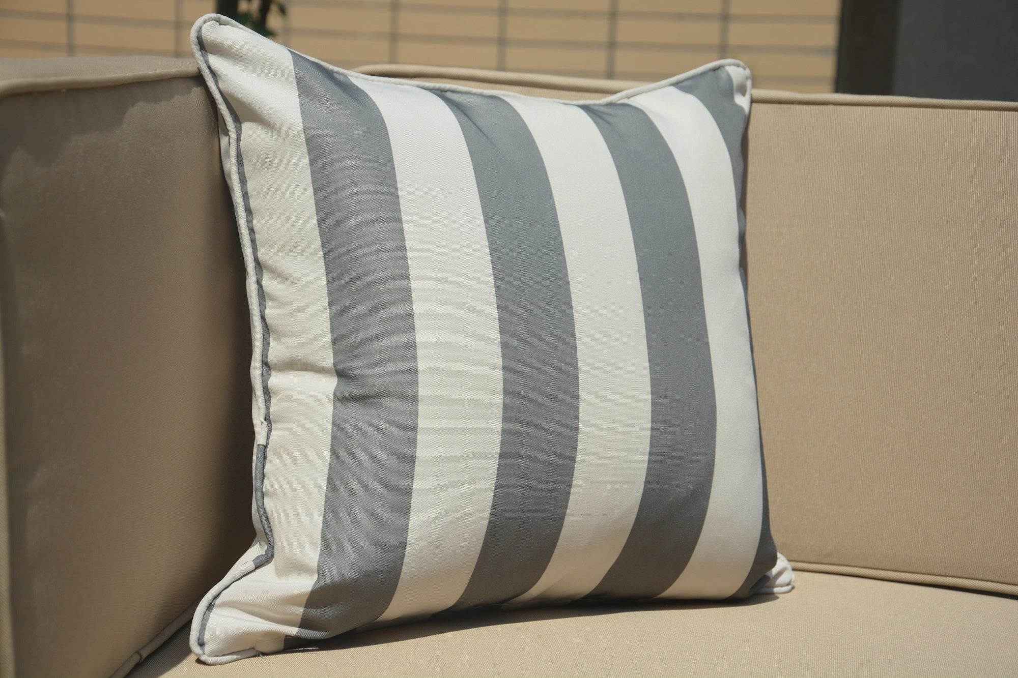 Outdoor Pillow in Grey/Beige - Set of 2