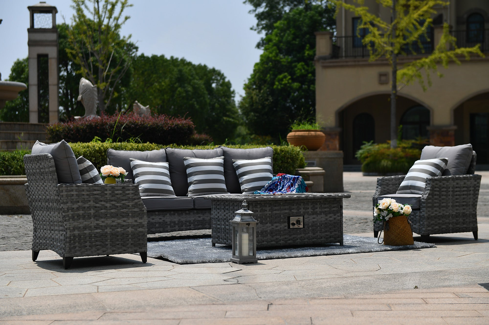 Complete Ash 5 piece outdoor patio set by Mr. backyard