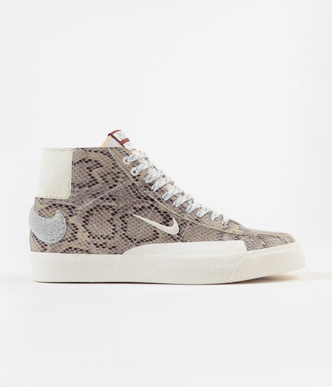 Nike SB x Soulland Blazer Mid Shoes - Light Bone / White - Pure Platinum