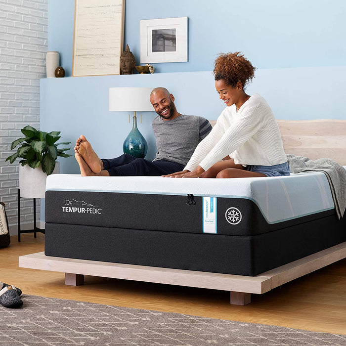 Tempur-Pedic PRObreeze Medium Hybrid