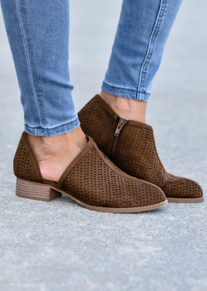 Slide Into Style: Chestnut--FINAL SALE
