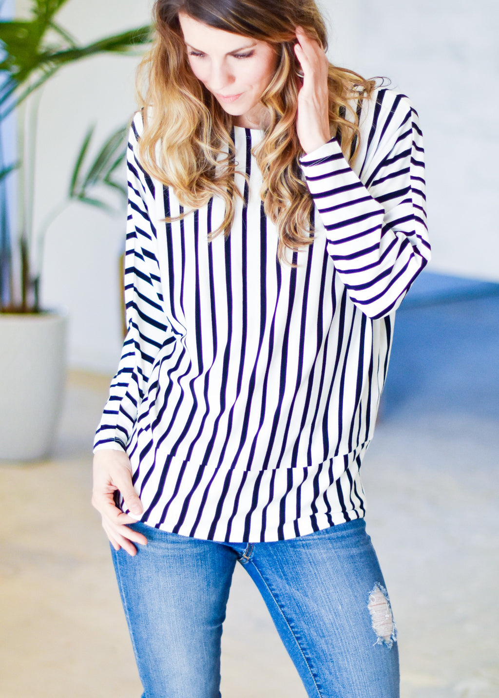 ON THE GO WITH STRIPES