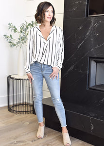 Soulful Striped Blouse:Wht/Blk