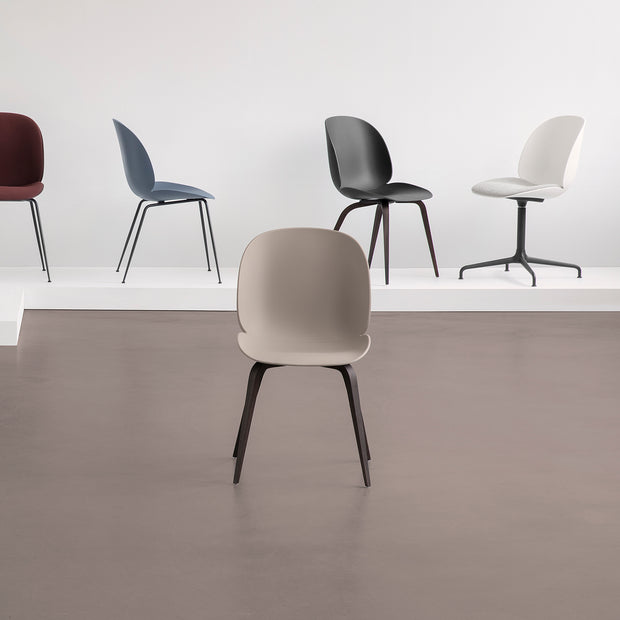 Gubi - Beetle Dining Chair - Stoel