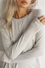 Load image into Gallery viewer, Joah Brown Avenue Long Sleeve - Pearl Grey