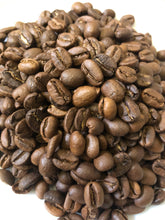 Load image into Gallery viewer, Christmas Coffee Blend Arabica Roasted Coffee (1kg)