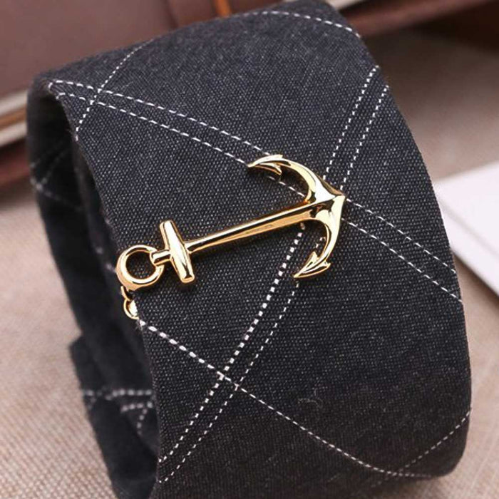 Gold Anchor Tie Clip On Tie Display