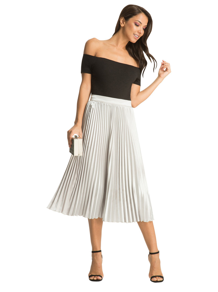 Chi Chi Lynda Skirt - Pleated Midi Skirt
