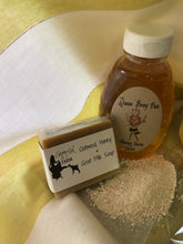 Load image into Gallery viewer, Oatmeal, Goat Milk & Honey Soap (Unscented)