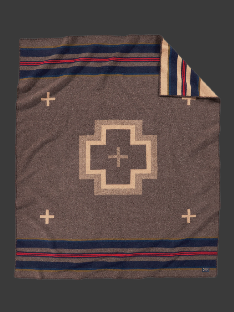 SHELTER BAY BLANKET