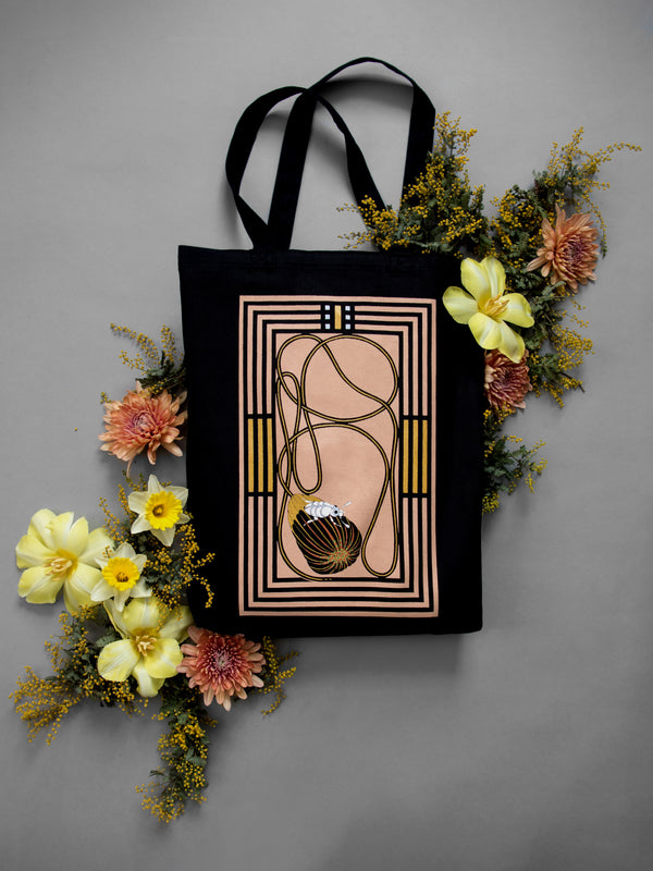 OF THE EARTH TOTE IN PINK CLAY