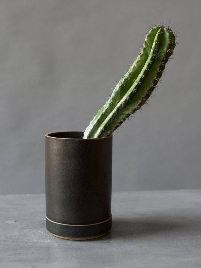 SMALL HASAMI PLANTER BLACK