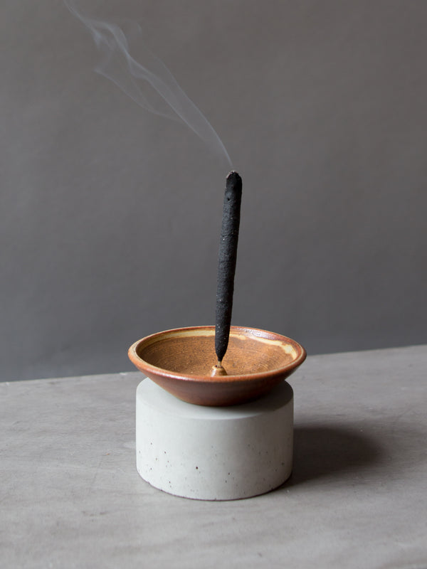GOLD STONEWARE INCENSE HOLDER