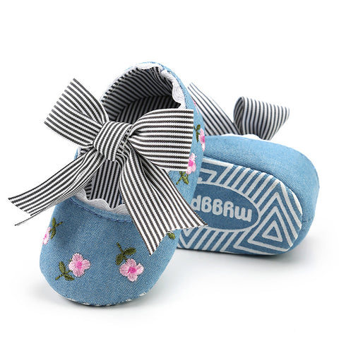 Embroidered Flower Fashion Anti-slip shoes 2.5, 3 & 4 (0-18 mos)
