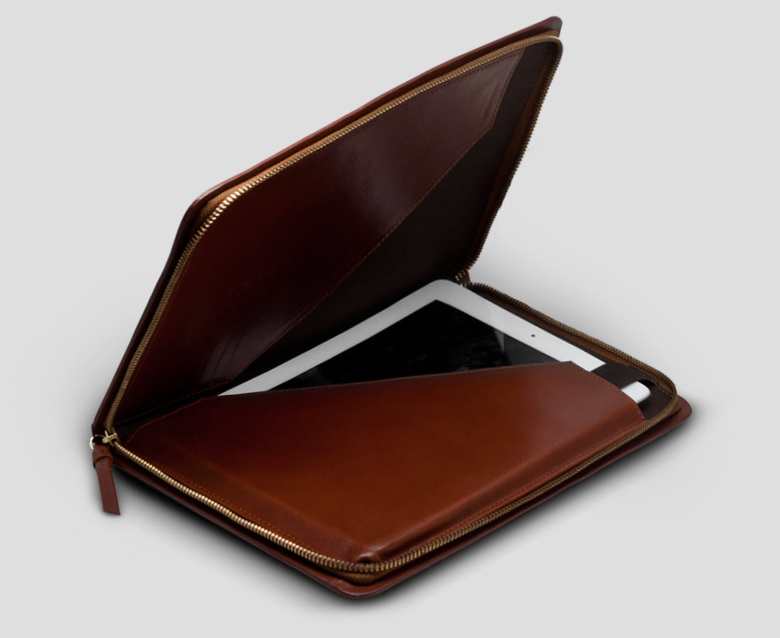 IPAD FOLDER · COGNAC LEATHER Royal Republiq