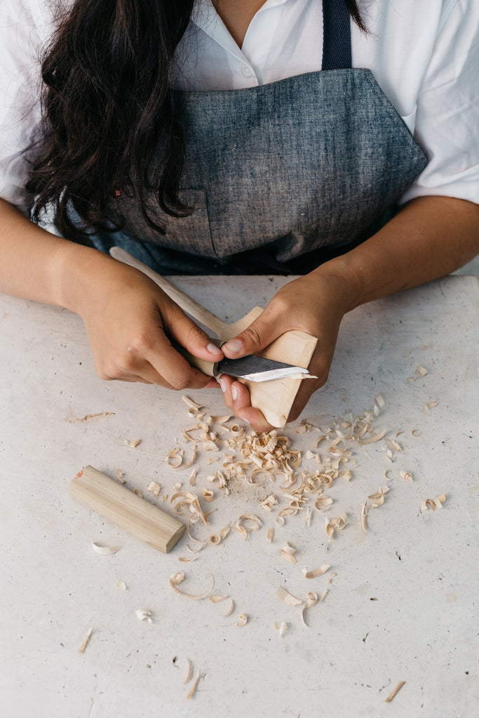 Carve: A Simple Guide to Whittling