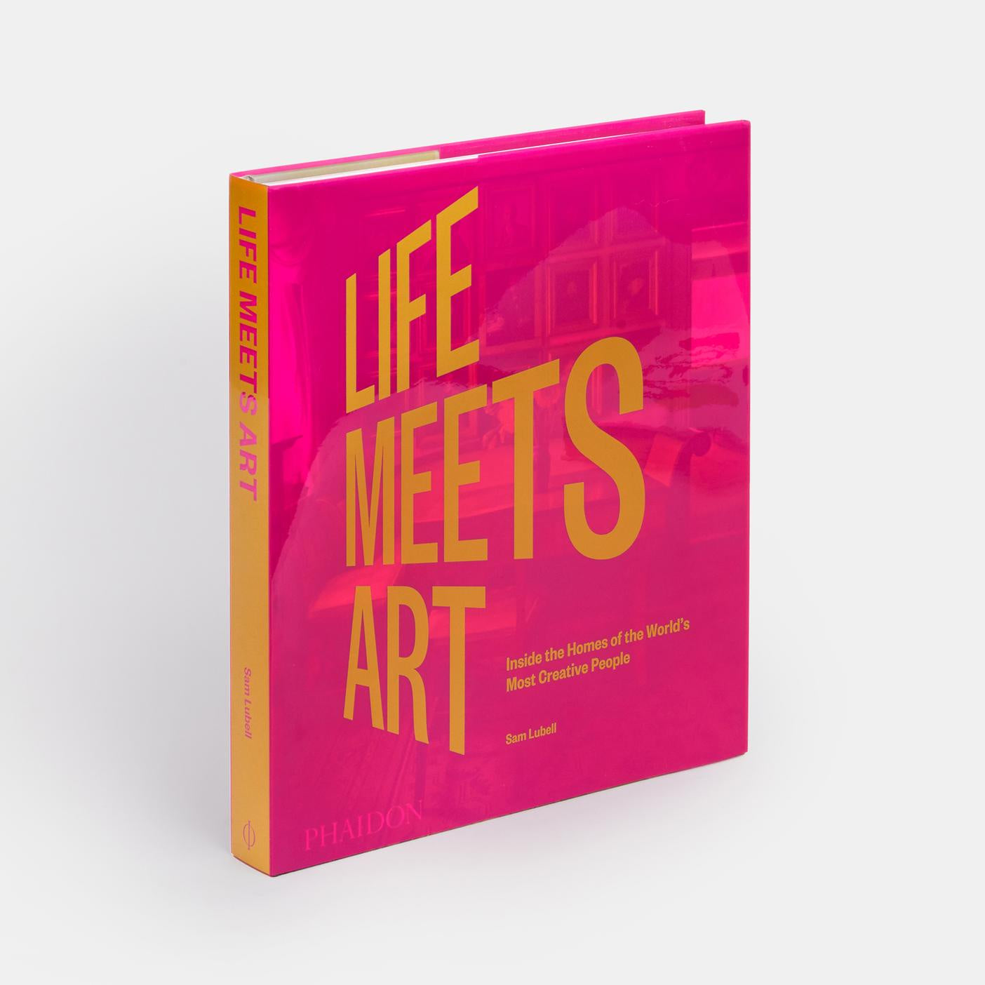 Life Meets Art: Inside the Homes of the World's Most Creative People. Compendium Design Store, Fremantle. AfterPay, ZipPay accepted.