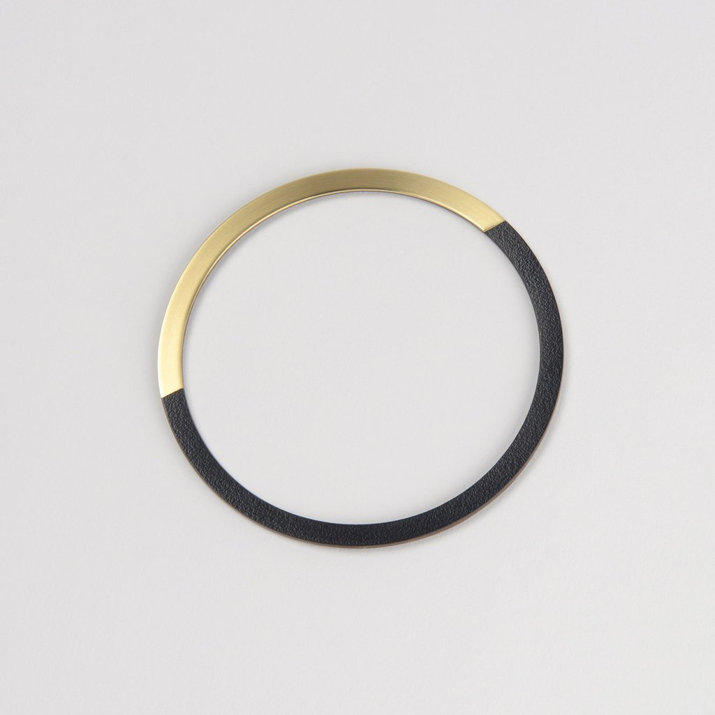 Tom Pigeon Form Series circle bangle in brass & midnight blue. Tom Pigeon. Compendium Design Store. AfterPay, ZipPay accepted.