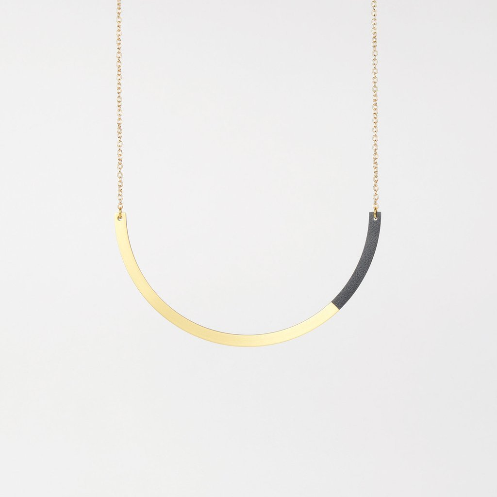 Tom Pigeon Form Series circle necklace in brass & midnight blue. Tom Pigeon. Compendium Design Store. AfterPay, ZipPay accepted.