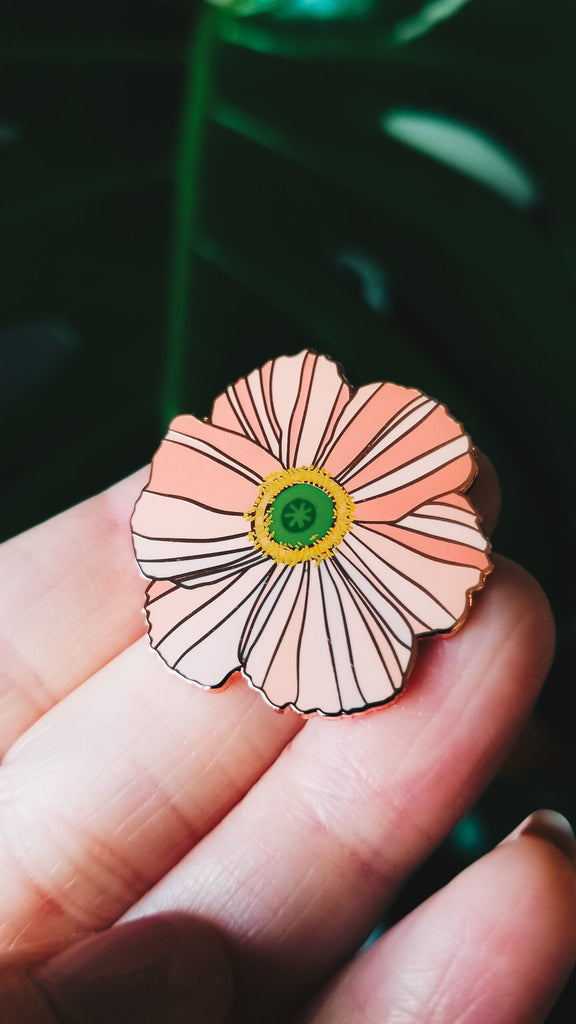 Iceland Poppy Pin. Compendium Design Store, Fremantle. AfterPay, ZipPay accepted.