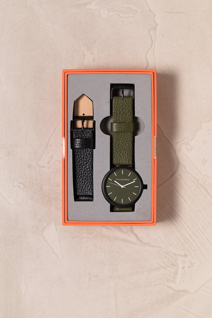 A28i The Horse Original Watch Gift Set Matte Black Case Case, Olive Dial, Olive Strap and Black Strap