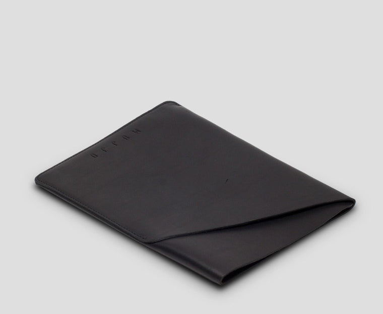 Slim Fit Leather iPad Air Sleeve