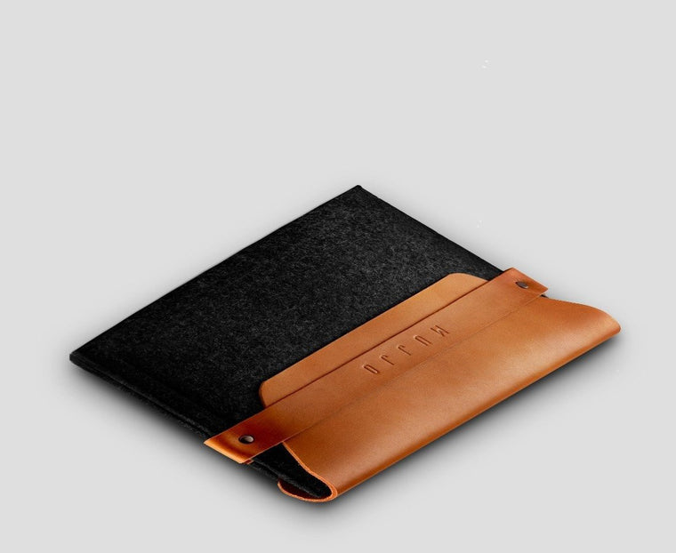 Mujjo Felt iPad Envelope Sleeve in Tan