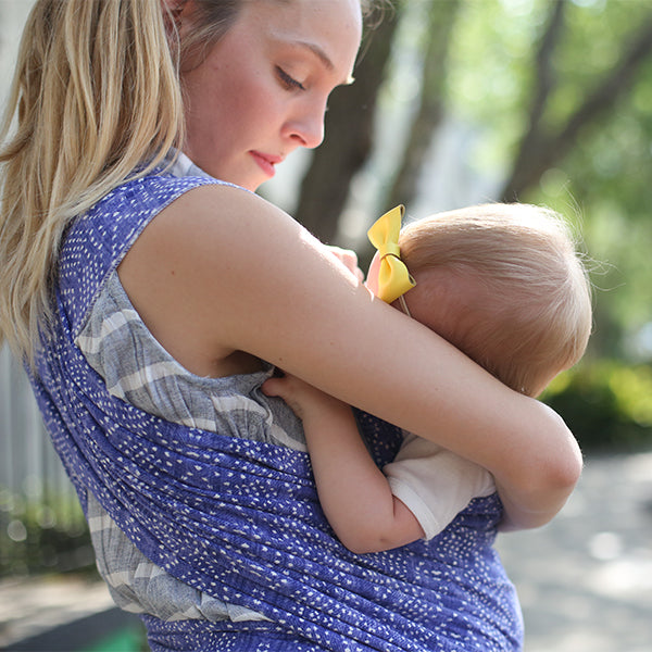 10 Reasons to Breastfeed in Public