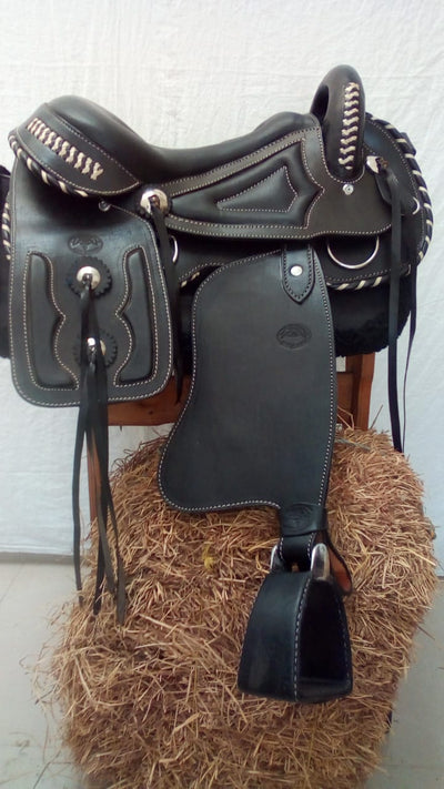 Western  Leather Handmade Saddle Tereque Deluxe