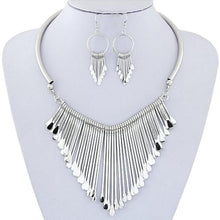 Load image into Gallery viewer, Luxury Womens Metal Tassels Pendant Chain Bib Necklace Earrings Jewelry Set GD