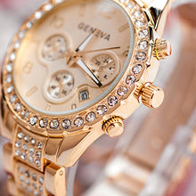 Load image into Gallery viewer, 2017 New Fashion Gold Quartz Watch Famous Brand Women Clock Elegant  Watch