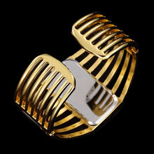 Load image into Gallery viewer, Fashion Bracelet Watch Women Watches Top Luxury Gold Ladies Watch Women's Watches