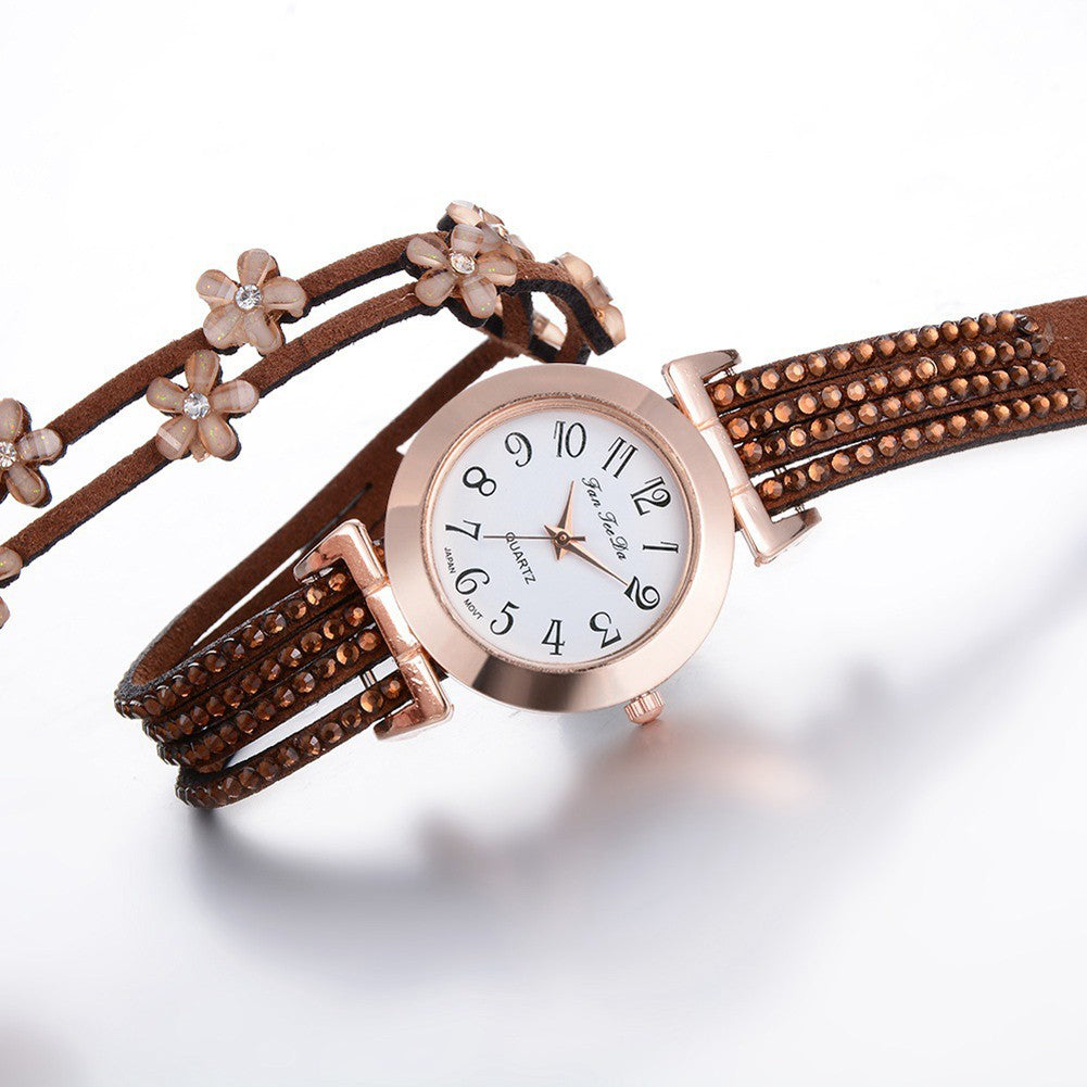 Luxury Women's Bracelet Watch, Round Case Quartz Analog Wrist Watch with Crystal
