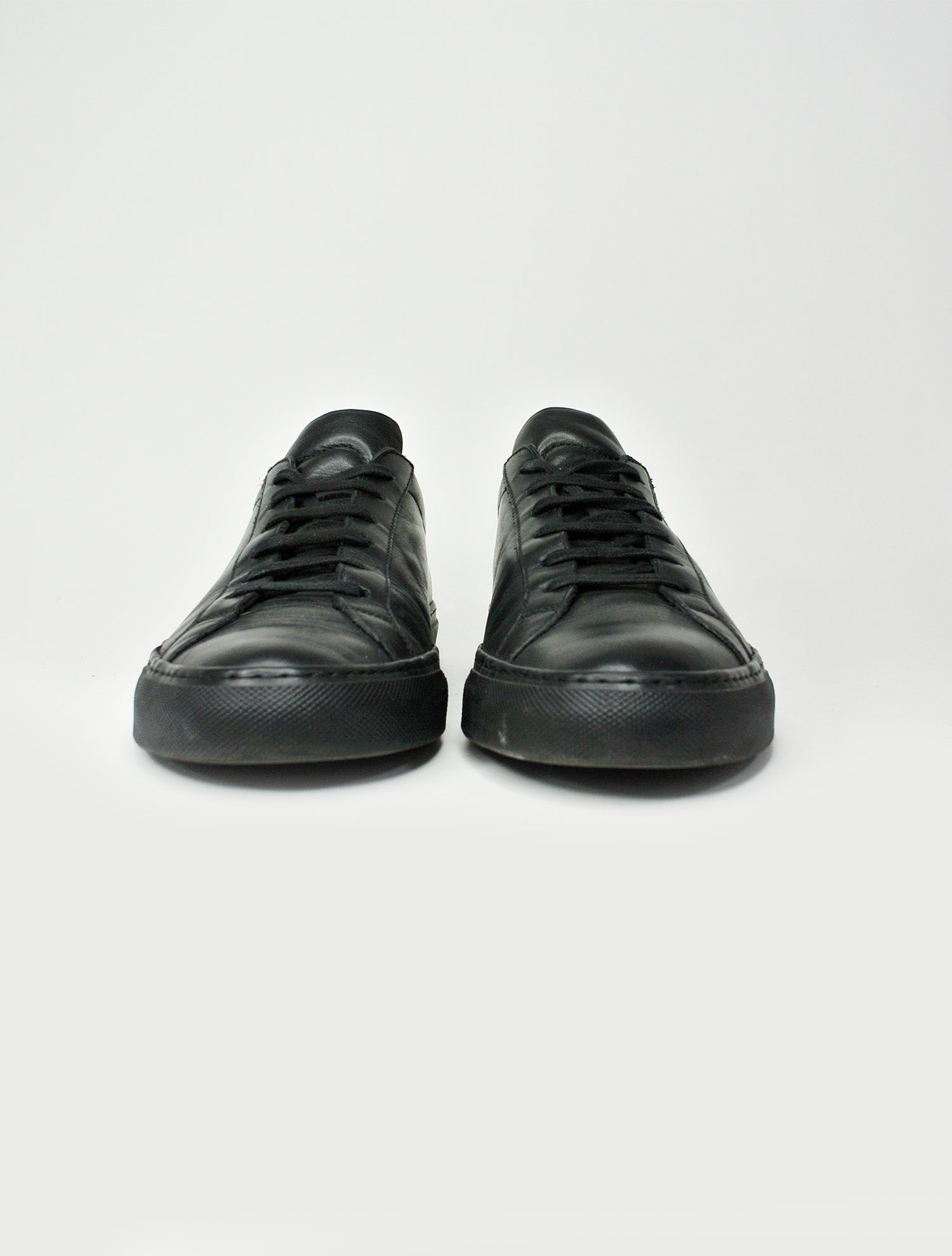 Common Projects Black Leather Low-Top Sneaker Sz 41