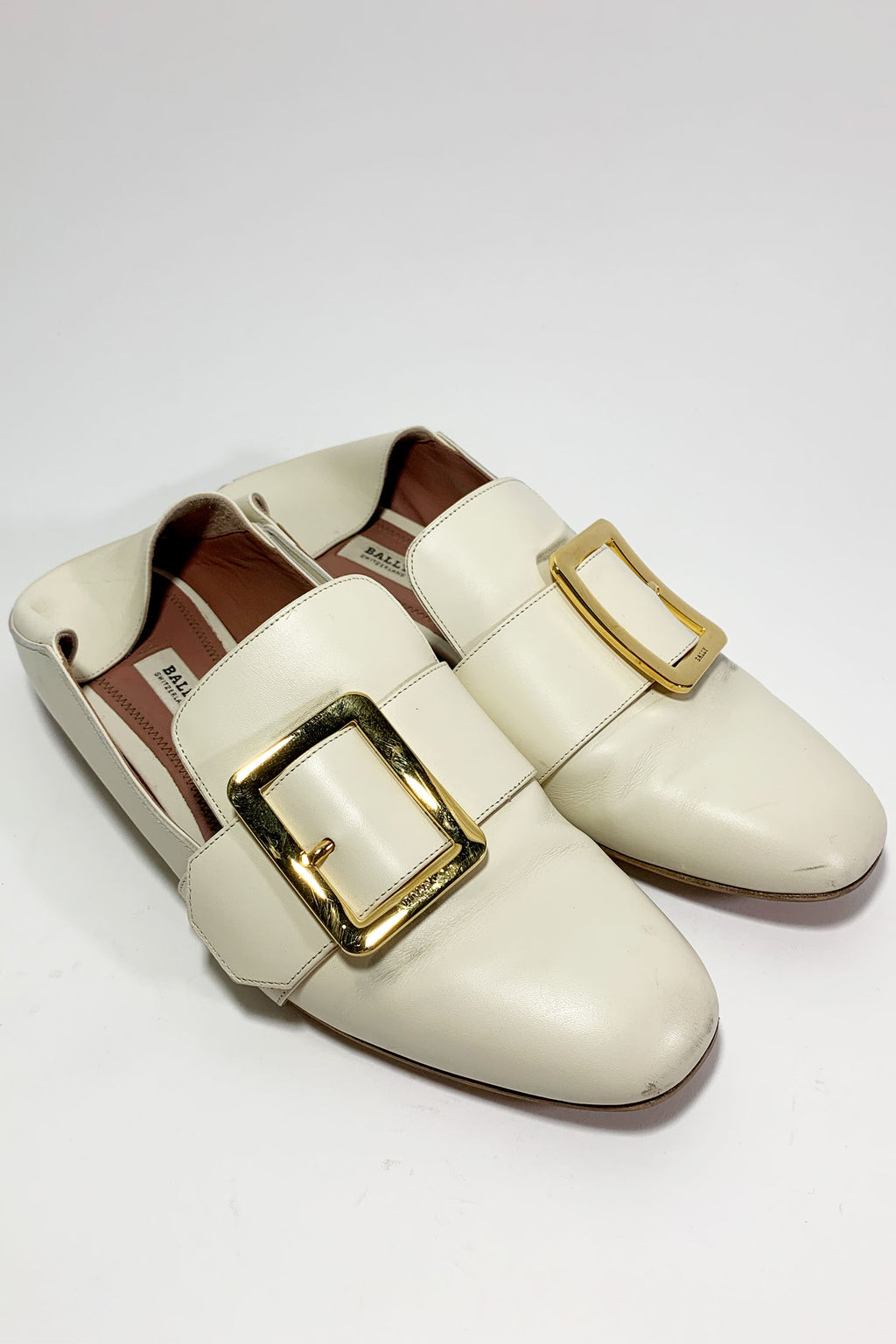 Bally 'Janelle' White Loafer sz 38.5