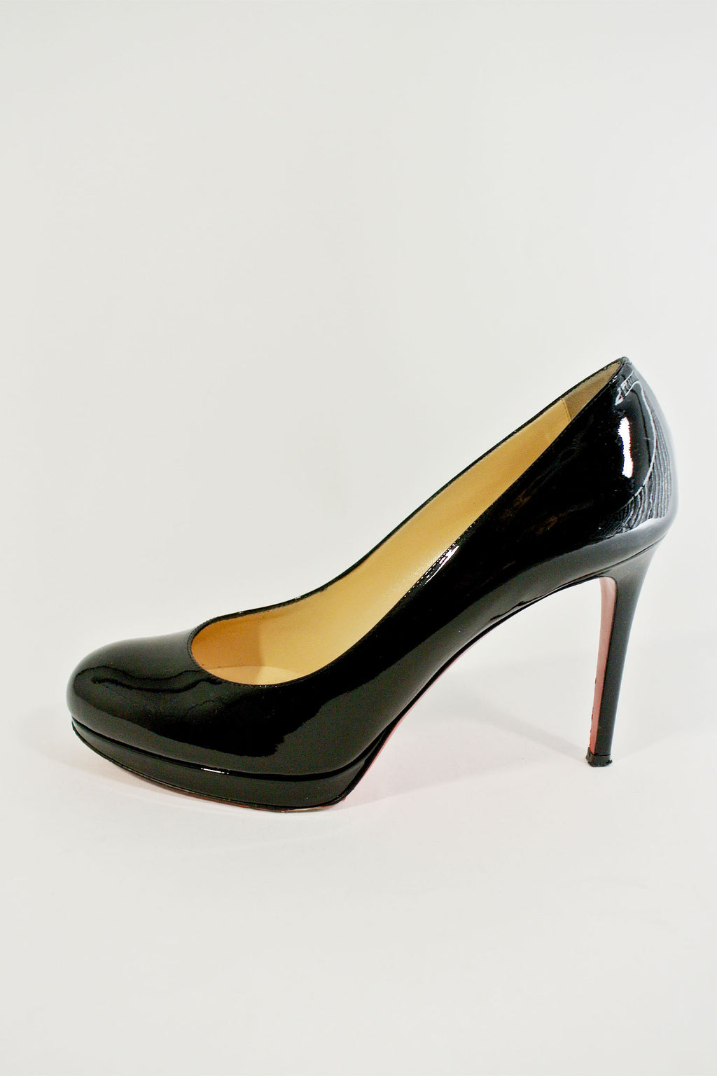 Christian Louboutin New Simple Pump sz 38.5