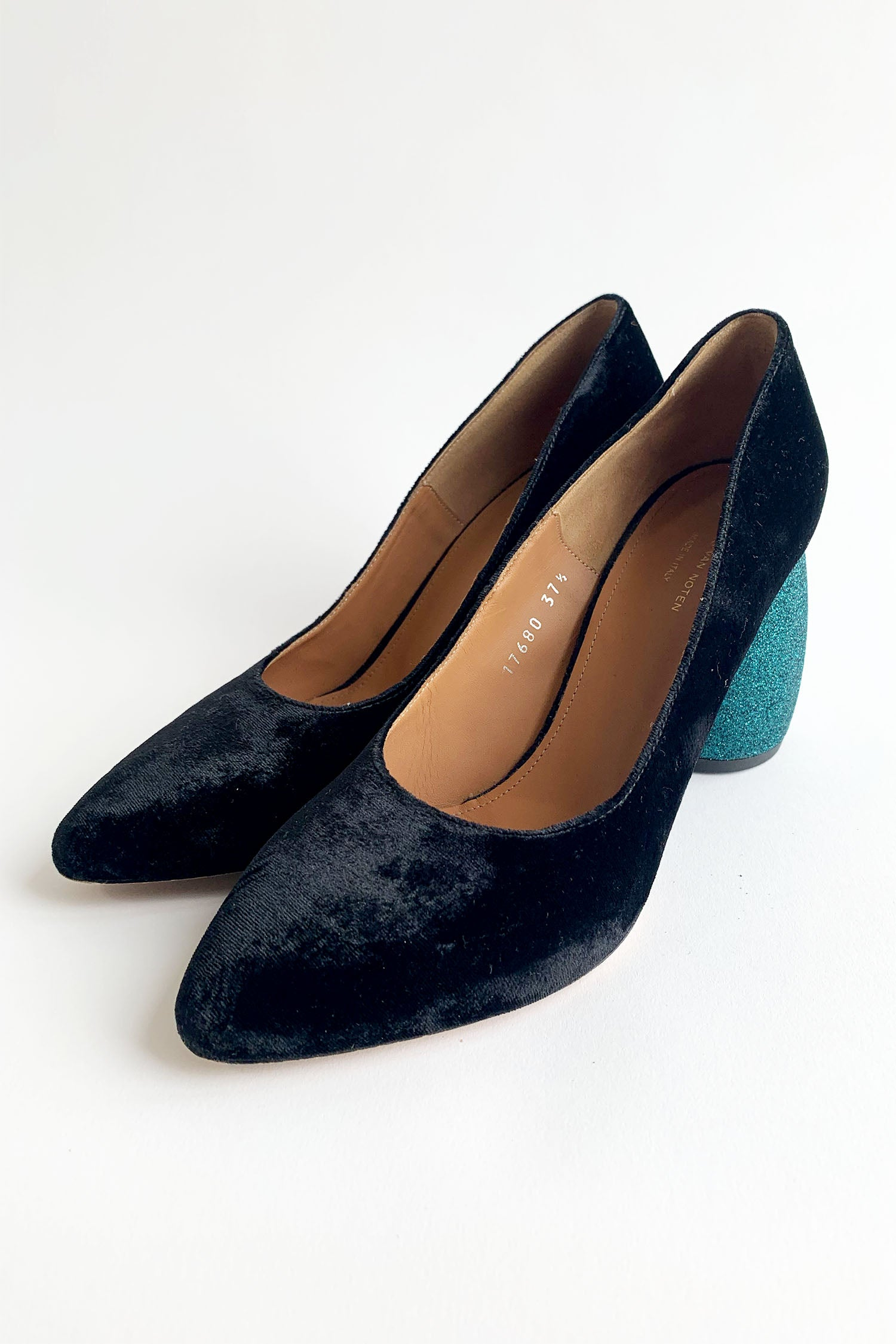 Dries Van Noten Velvet Semi Pointed-Toe Pumps Sz 37.5