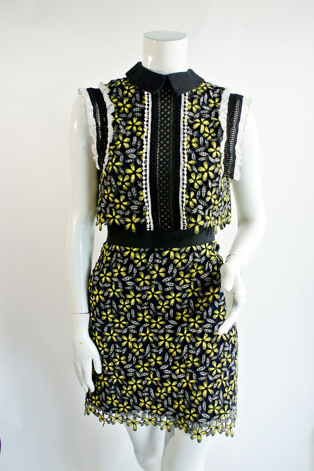Self Portrait Eleina Sculpted Daisy Dress Sz 0