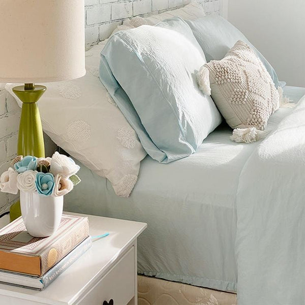 Load image into Gallery viewer, Vintage Powder Blue Sheet Set