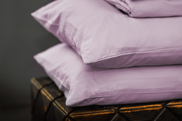 Load image into Gallery viewer, Vintage Plum Pillowcase Set
