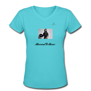 "Women DJ's Dream Logo - ""Married To Music"" Female DJ & Vinyl V-Neck Premium T-Shirt - aqua"