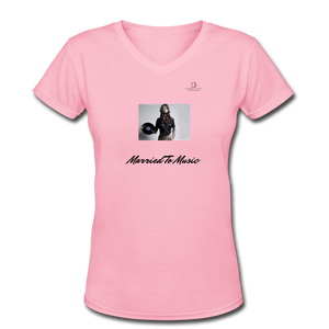 "Women DJ's Dream Logo - ""Married To Music"" Female DJ & Vinyl V-Neck Premium T-Shirt - pink"