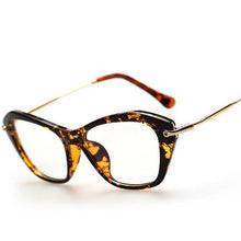 Load image into Gallery viewer, 2017 Vintage Women's Wholesale Framed Fashion Cat Eyes. Men & Ladies Style Myopia Spectacles Optical Rx Clear