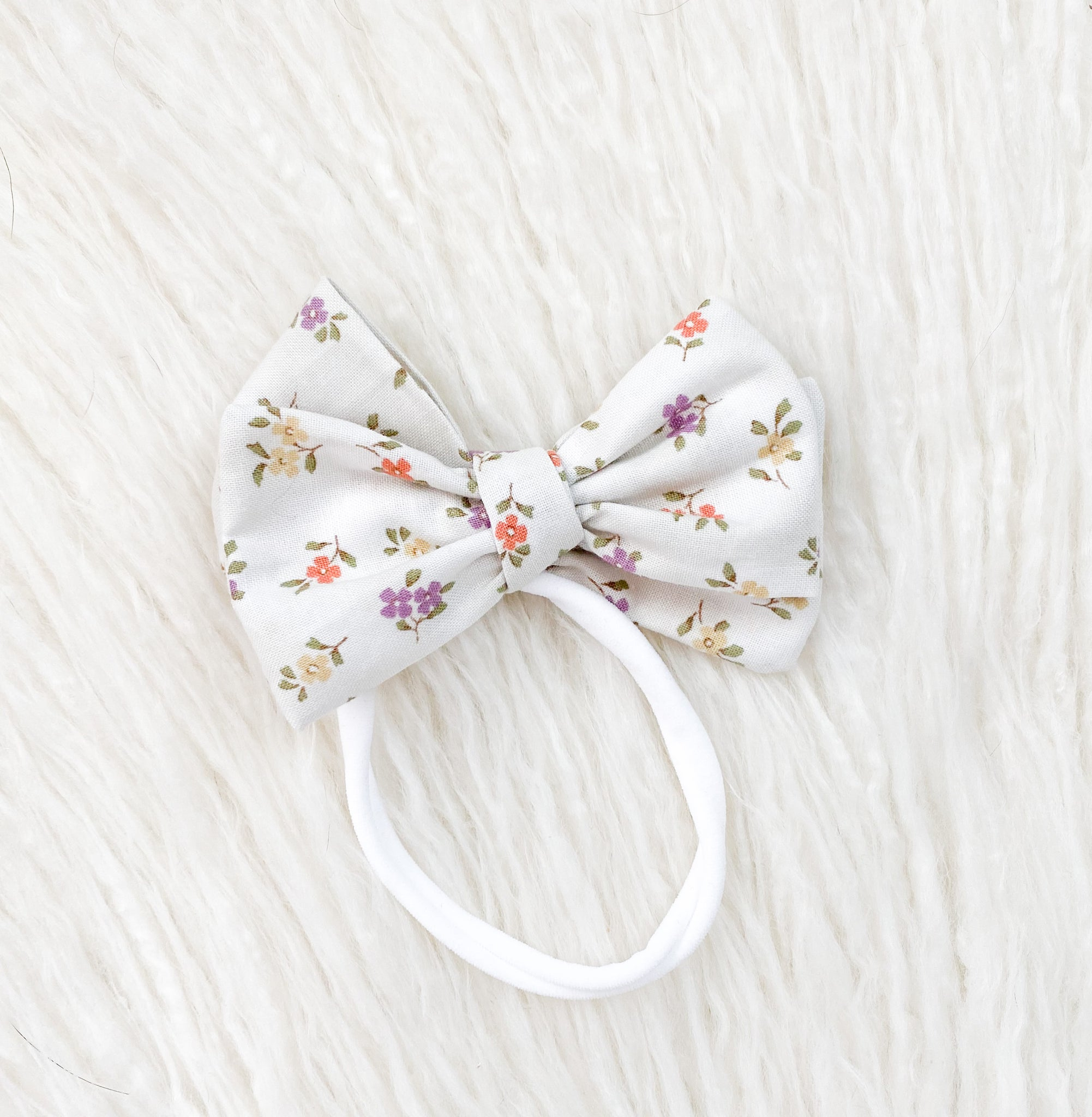 The Poppy Bow - Dainty