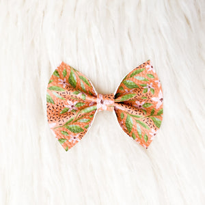 Savannah Bow (Tiger Lily)