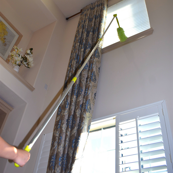 Extendable Microfiber Duster Adjusts from 40