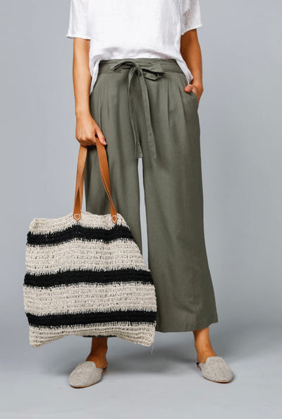 Canyon Tote - Black Natural Stripe